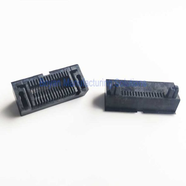 top and bottom plastic pin connector