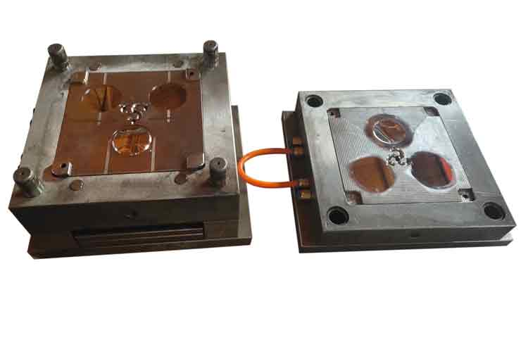 injection mold for clear plastic plate