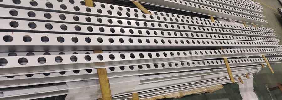 long cnc machined aluminum profiles